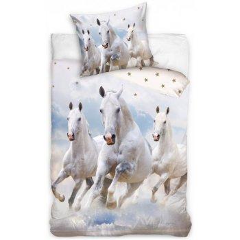 Bavlnené posteľné obliečky Kone v oblakoch